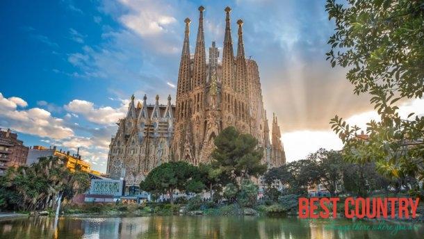 8 самых скучных достопримечательностей Европы