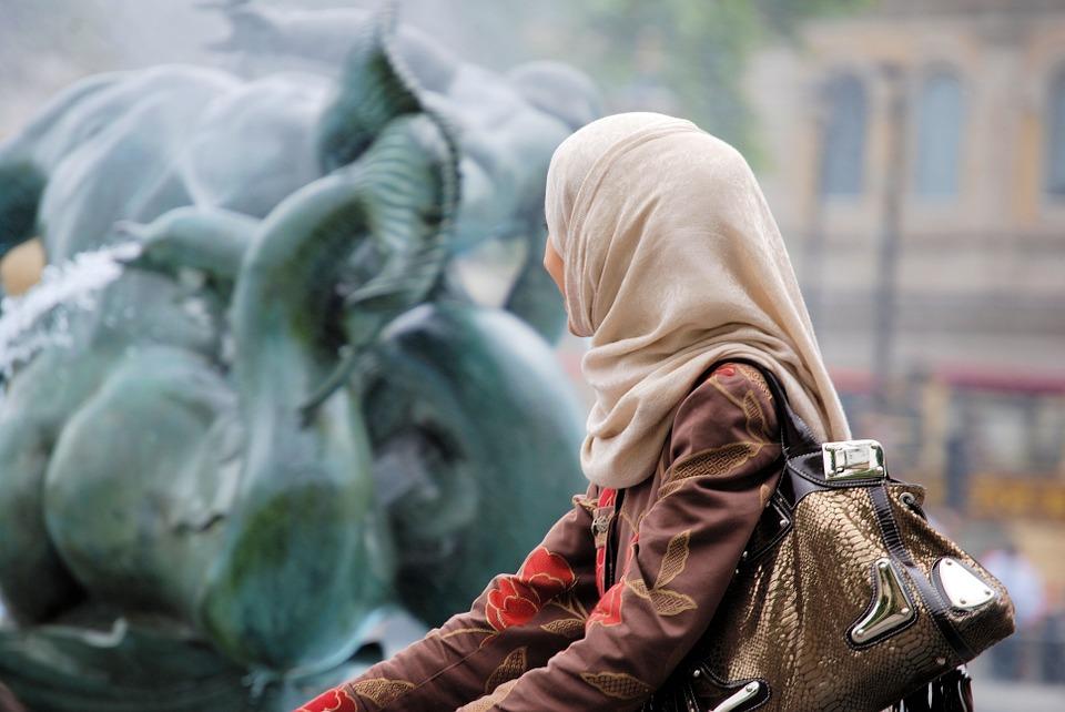 Мифы об угнетенной женщине востока