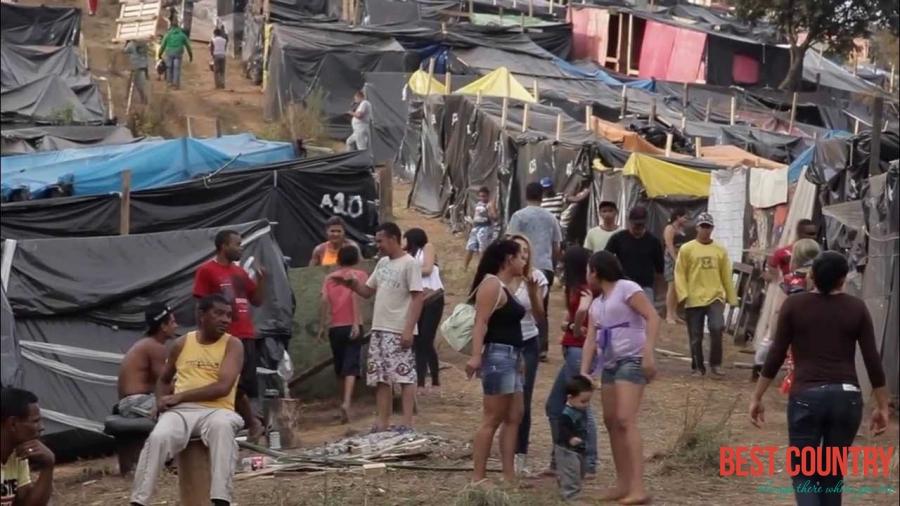 Фавелы в Бразилии, откуда они берутся?