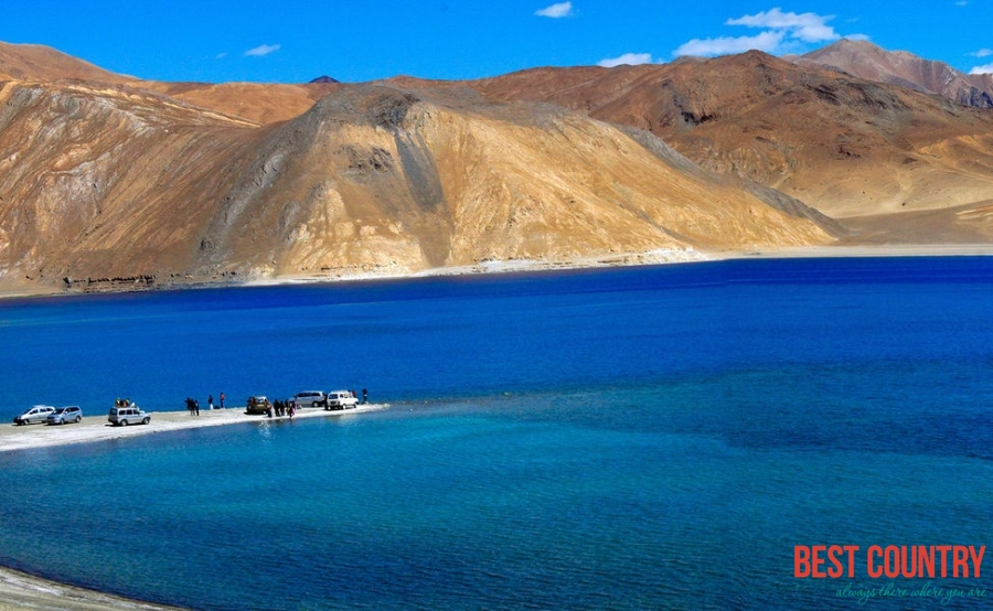 Leh Ladakh Tourism Begins With a Leh Tour