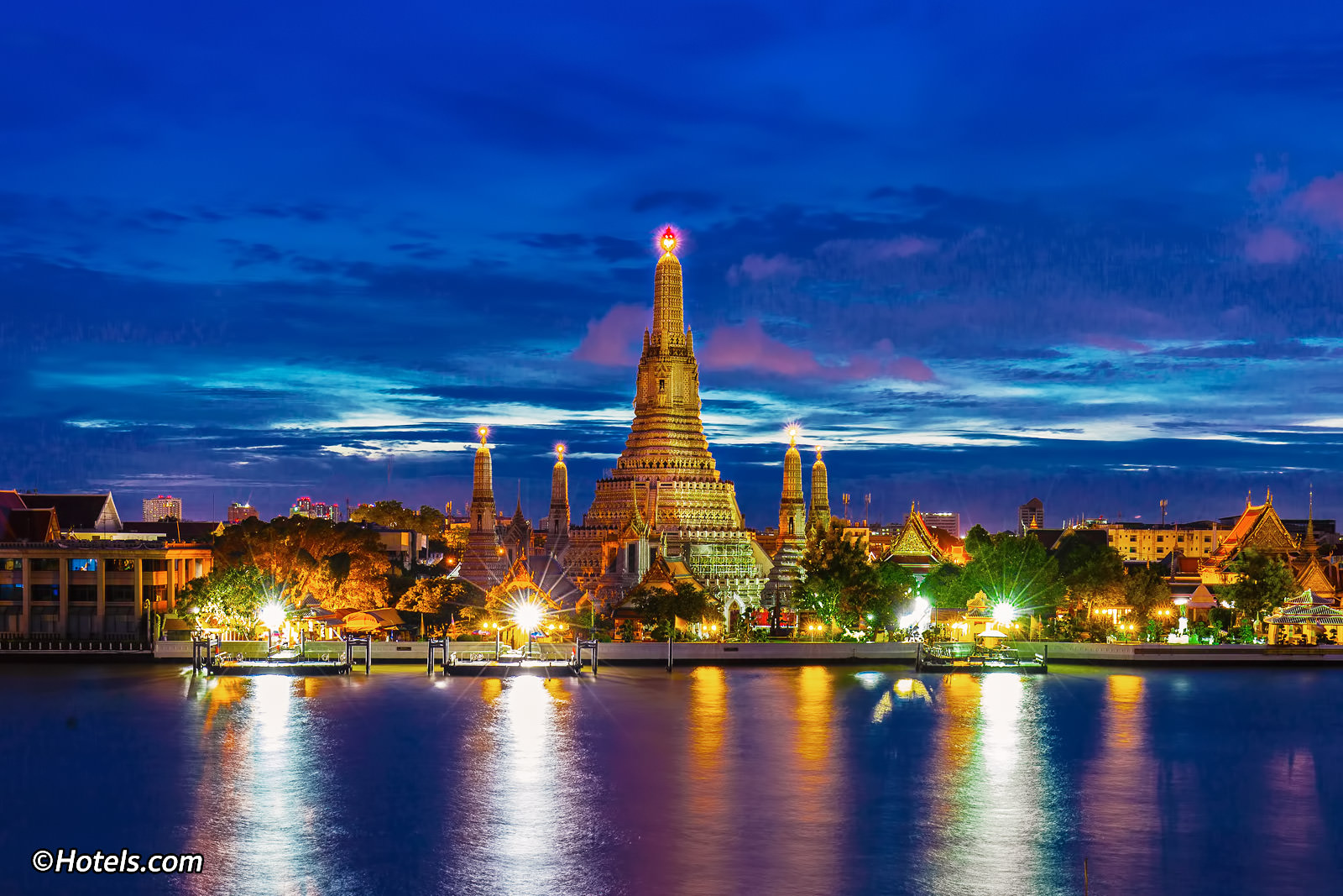Exotic and Oriental Vacation Spot For Tourism in Thailand (Bangkok)