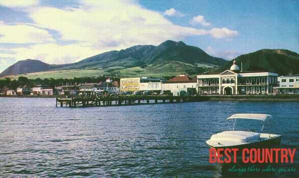 Религия на Сент-Китсе и Невисе