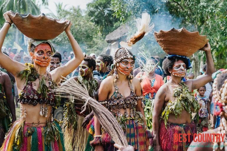 Семьи Папуа - Новой Гвинеи