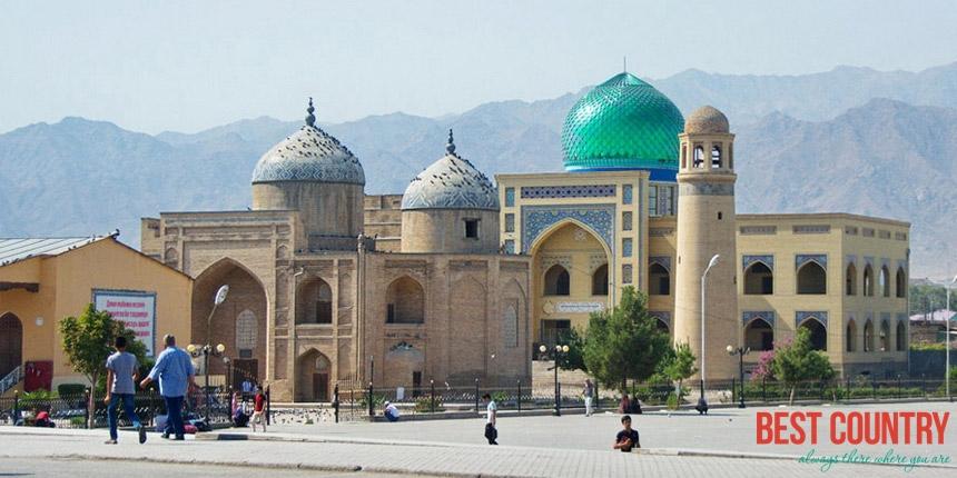 Религия в Таджикистане