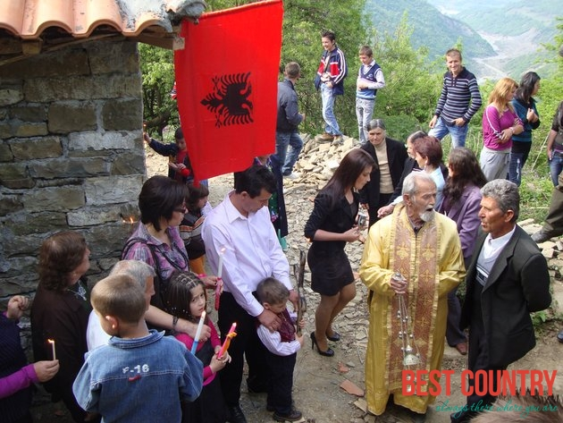 Easter in Albania